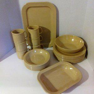 Vintage Texas Ware/Dallas Ware Melamine Dish Set